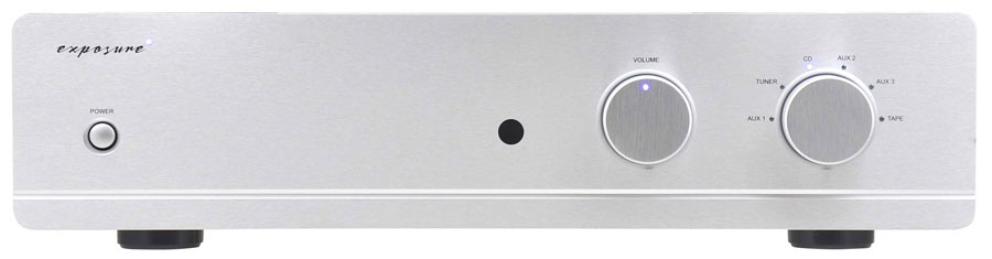Amplificatore integrato 110W / canale - 6 ingressi linea - nuovo pre-amplificatore - ingresso AV a guadagno fisso - uscita pre separata - predisposto per la scheda DAC 3010S2 plug in (che viene posizionata al posto della abituale scheda phono, è quindi possibile inserire solo una delle 2 schede opzionali: scheda phono oppure scheda DAC) che ha un ingresso USB con campionamento massimo di 192KHz 24 bit e supporto DSD - ingresso coassiale (BNC) (max 192KHz 24 bit) - scheda phono opzionale 3010 S2 3010S2 D opzionale integrato int exposure promozione offerta sconto scontato outlet occasione firenze dolfi hi fi high end hi-fi integrated amplifier