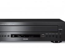 """CD-C600 CDC600 LETTORE CD COMPACT DISC INTEGRATO AUDIO/VIDEO YAMAHA OFFERTA PROMOZIONE SCONTO SCONTATO OCCASIONE OUTLET DOLFI HI-FI FIRENZE HI FI FIDELITY HIGH END TOSCANA ITALIA Caricatore per 5 CD. DAC 192kHZ/24-bit, Pure Direct, porta USB, compatibilità iPod, interfaccia RS-232C e ingresso/uscita IR, LxAxP 435x116x405 mm, 6,2 kg. Tecnologia PlayXchange di proprietà Yamaha Vassoio per 5 dischi simultanei Pure Direct Circuiteria estremamente sofisticata e layout ottimizzato er percorso del segnale breve DAC ad alte prestazioni Compatibilità MP3 e WMA Porta USB su pannello frontale Compatibilità iPod Interfaccia RS-232 e IR in/out Tecnologia Dischi CD-TEXT I dischi registrati con dati di testo come i titoli degli album, dei brani e i nomi degli artisti. Sebbene questi dischi siano leggibili da normali lettori CD, il testo non viene visualizzato. PLAYXCHANGE è una funzione che consente di sostituire i dischi senza interrompere la riproduzione in corso. Premere il tasto PLAYXCHANGE sul pannello anteriore per aprire il piatto e sostituire i dischi. USB This unit is equipped with a USB port that allows you to enjoy WAV (PCM format only), MP3 and WMA audio files from a USB memory device (USB flash drive). Made for iPod """"Made for iPod"""" significa che un accessorio elettronico è stato appositamente progettato per essere collegato all'iPod, e che il produttore certifica che esso soddisfa gli standard prestazionali Apple."""