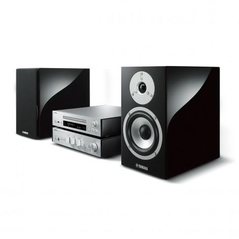 """Proiettore sonoro digitale di rete Yamaha MCRN870D DAB+ DAB MUSICCAST MUSIC CAST LOUDSPEAKER MULTIMEDIA & STREAMING WIFI WI-FI WI FI WIRELESS SPEAKER Sistema audio integrato Sintoamplificatore streamer audiovideo Audio MODULO FM DAB FM/DAB+ alimentazione FM TUNER PREAMPLI PREAMPLIFICATORE STEREO STADIO PHONO MULTIMEDIA WIRELESS SPEAKERS PROEITTORE SONORO CANALE CENTRALE LETTORE CD COMPACT DISC SINTONIZZATORE SINTOAMPLI SINTOAMPLIFICATORE AMPLIFICATORE INTEGRATO sistema audio integrato INTEGRATED AMPLIFIER COPPIA DIFFUSORE ACUSTICO DIFFUSORI ACUSTICI CASSA ACUSTICA CASSE ACUSTICHE AUDIO/VIDEO OFFERTA PROMOZIONE SCONTO SCONTATO OCCASIONE OUTLET DOLFI HI-FI FIRENZE HI FI FIDELITY HIGH END TOSCANA ITALIA Sistema HiFi di rete Grand PianoCraft MCR-N870 Sistema Micro Component Suono naturale ed estremamente musicale eredità dei componenti da HiFi Yamaha. - Amplificatore digitale PWM - ESS DAC 32 bit ad alte prestazioni Funzione USB DAC (MCR-N870) Diffusori in elegante finitura """"Piano"""" con diaframmi in alluminio (MCR-N870) [Amplificatore integrato A-U670] • Potenza massima in uscita: 70 W + 70 W (6 Ω, 1 kHz, THD 10%) • Consumo energetico in standby: 0,4 W • Dimensioni (L × A × P): 314 × 70 × 342 mm • Peso: 3,3 kg [Lettore compact disc CD-NT670/NT670D] • Consumo energetico in standby: 2,0 W • Dimensioni (L × A × P): 314 × 70 × 338 mm (con antenna estesa: 314 × 142 × 338 mm) • Peso: 2,9 kg [Sistema di diffusori NS-BP401] • Unità diffusore: tweeter con cupola morbida 3 cm, woofer a cono 13 cm • Dimensioni (L × A × P): 176 × 310 × 327 mm • Peso: 5,9 kg"""