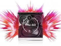 NAIM MUSO QB MUSOQB AMPLIFICATORE FINALE DI POTENZA STEREO MONO Proiettore sonoro digitale di rete LOUDSPEAKER MULTIMEDIA & STREAMING WIFI WI-FI WI FI WIRELESS SPEAKER streamer audiovideo Audio MODULO FM DAB FM/DAB+ alimentazione FM TUNER PREAMPLI PREAMPLIFICATORE STEREO STADIO PHONO MULTIMEDIA WIRELESS SPEAKERS PROEITTORE SONORO CANALE CENTRALE diffusore centrale LETTORE CD COMPACT DISC SINTONIZZATORE SINTOAMPLI SINTOAMPLIFICATORE AV A/V AUDIO VIDEO SINTOAMPLIFICATORI AMPLIFICATORE INTEGRATO sistema audio integrato INTEGRATED AMPLIFIER DIFFUSORE ACUSTICO coppia DIFFUSORI ACUSTICI CASSA ACUSTICA CASSE ACUSTICHE AUDIO/VIDEO SPECIAL EDITION SE SERVER DI RETE MUSICALE MUSICA MUSIC RIBASSI OFFERTA PROMOZIONE SCONTO SCONTATO OCCASIONE OUTLET DOLFI HI-FI FIRENZE HI FI FIDELITY HIGH END TOSCANA ITALIA Streamer monoblocco con 7 altoparlanti e 5 amplificatori incorporati per un totale di 300 watt !!! Piccolo cubo di appena 210 x 218 x 212 mm, costruzione in materiali pregiati e leggeri 5,6 Kg. Fa parte del sistema multiroom Naim, ma funziona anche stand alone. Ingressi digitale ottico e analogico line. Player USB. Streamer: UPnP, Air Play, Spotify, Tidal,Internet Radio, Bluetooth aptX Decodec: WAW, FLAC, AIFF,ALAC,MP3,AAC,OGG ,WMA. Descrizione del prodotto Presentato alCESa Las Vegas all' inizio di Gennaio 2016 e per l' Italia nel nostro negozio di Firenze in data 23 Gennaio 2016, Mu-so Qbcondivide lo stesso DNA del sistema wirelessMu-sooriginario, tutto intuitivamente creato in un cabinet compatto. Controllato da un potente cervello audio, Mu-so Qb è ricco si caratteristiche peculiari tutte progettate nei nostri laboratori di Salisbury, Inghilterra. È un vero gioiello di ingegneria sonora. Facile da controllare e da collegare, Mu-so Qb produce ben 300 watt per regalarvi la vostra musica con un suono che supera le sue piccole dimensioni. Le sue avanzate possibilità di connessione includono Airplay, Bluetooth®/aptX®, Spotify Connect®,TIDAL, UPnP™ , Internet radio, USB, ingres