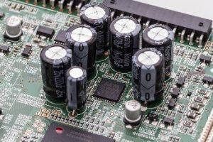 MARANTZ DOLFI HIFI FIRENZE DOLFI HIFI HI-ENDPer un'ottima fedeltà, la più ampia gamma dinamica e la minore distorsione possibile, SR5012 dispone di convertitori D/A AKM di classe di riferimento a 32-bit per tutti i canali. Questo assicura un'elevata fedeltà e un'accurata precisione per tutti i canali, per una definitiva esperienza di ascolto.
