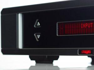 img-gallery-osiris-front-img-gallery-osiris-back-img-gallery-osiris-led-Amplificatore integrato Rega OSIRIS 2x160 watt offerta promozione sconto scontato outlet telecomando