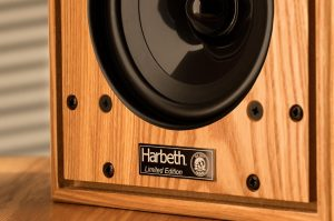 harbeth-p3esr-olive-wood-Harbeth HL-P3ESR-SE 40th ANNIVERSARY EDITION OLIVE WOOD Diffusori Passivi da Stand1