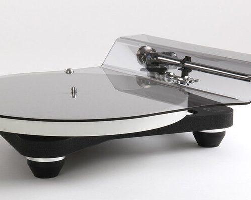 Turntable Giradischi Rega RP10 braccio RB3000R piatto ceramica alimentazione esterna dedicata promozione offerta sconto scontato outlet